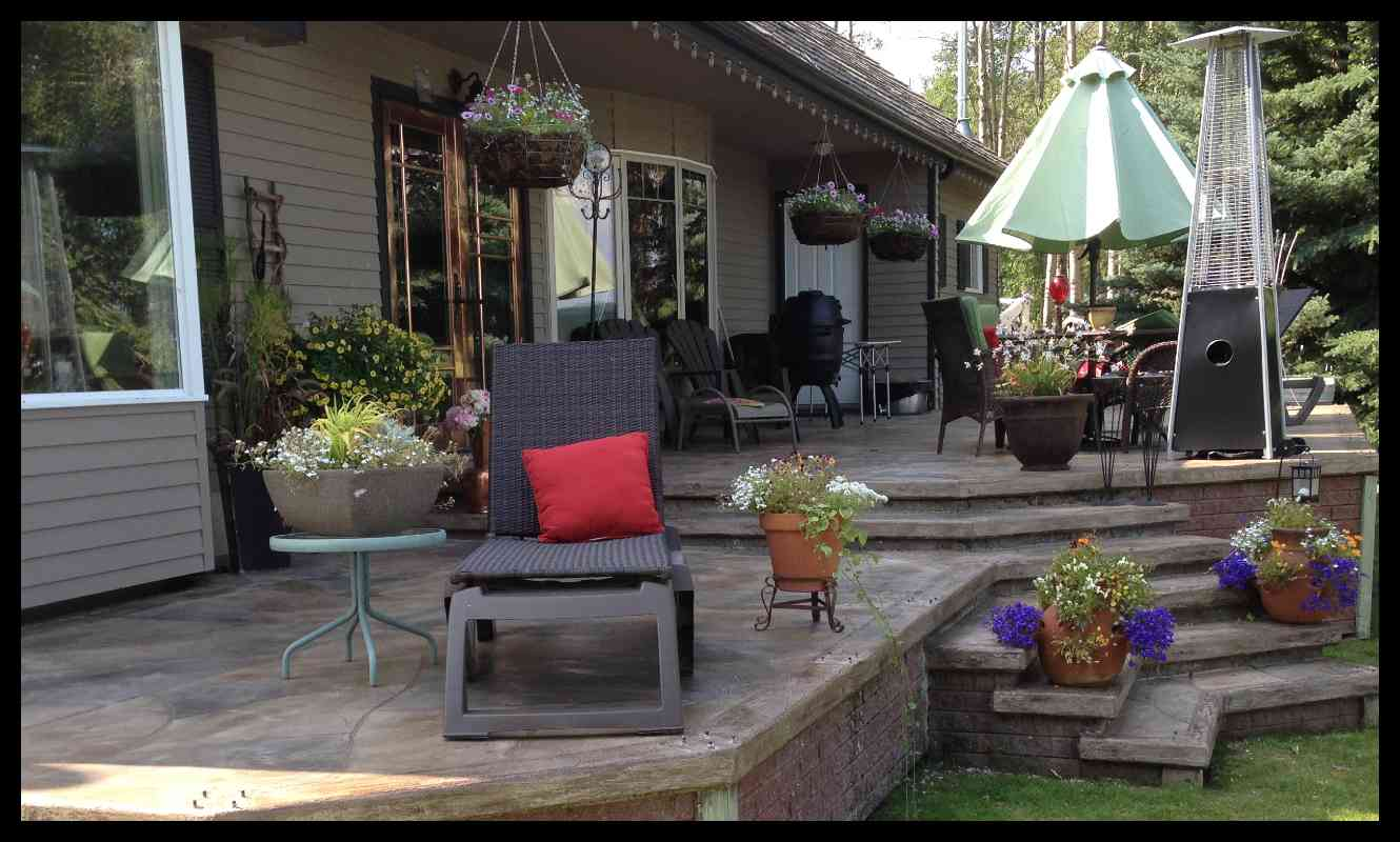 Enhance your OUTDOOR LIVING AREAS
